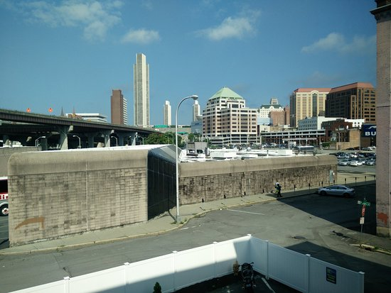 photo0.jpg - Picture of Holiday Inn Express Albany ...