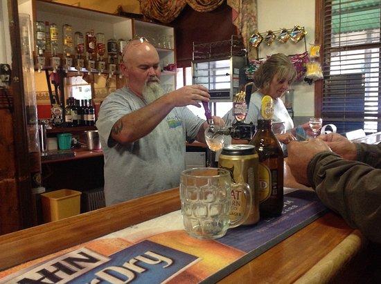 Ensay, Australia: Bar