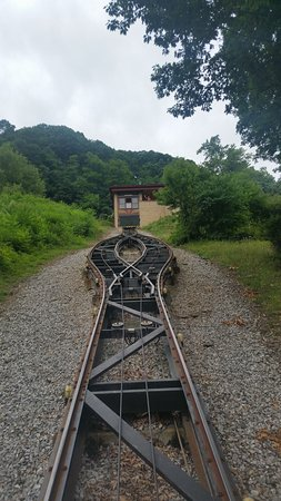 Altoona, PA: Looking up from the lower Funicular