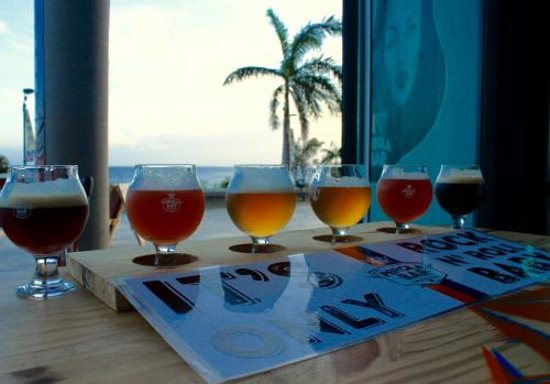 Cupecoy Bay, St Marteen/St. Martin : A real beer tasting on the island, Ohhh Yeahh!
