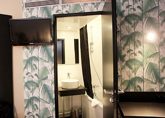 Comfort Hotel Nation Paris  Tripadvisor