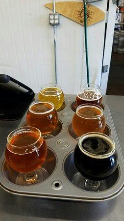 Vista, CA: Latitude 33 Brewing Co