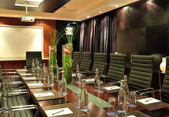 Protea Hotel Midrand: Executive Boardroom