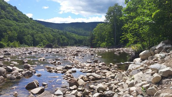Crawford Notch General Store and Campground: 20160807_112152_large.jpg