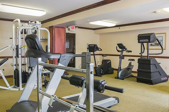Quality Inn & Suites Romulus : Fitness Center