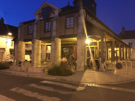 Hôtel du Cygne : photo2.jpg