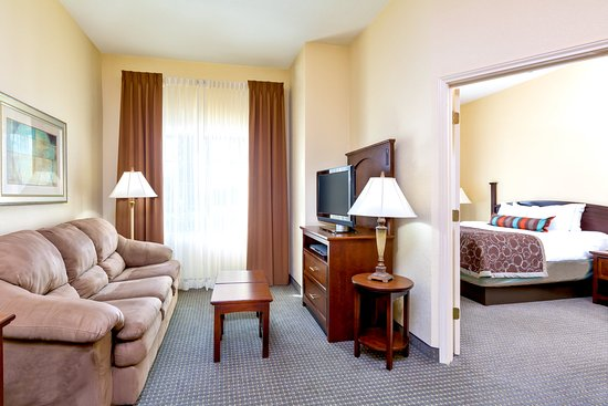 Staybridge Suites McAllen: Two Bedroom Suite with one Queen and two Doubles