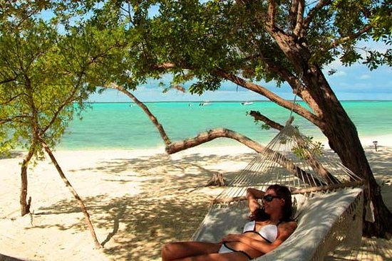 Tiamo Resort: Beachhammock