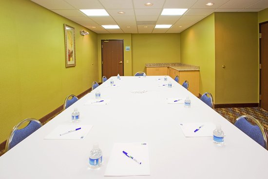 Thornburg, Wirginia: Call and Book your next meeting with us