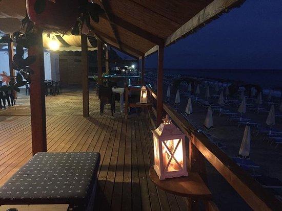 Per tutto agosto.. Si cena in TERRAZZA - Picture of Lido Solemare ...