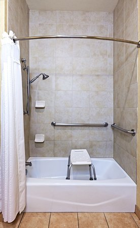 Kilgore, TX: ADA/Handicapped accessible Guest Bathroom with transfer tub