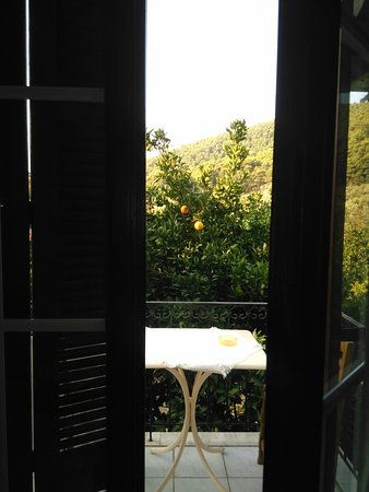 Villa Angela: Aselinos Beach ca.  5 Minuten zu Fuß,  Barbecue Night 1 mal pro Woche...