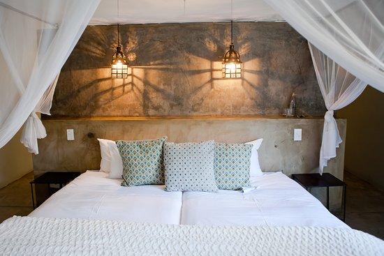 Olive Grove: Room
