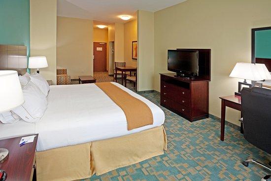 holiday inn express hotel suites salem 107 1 1 7. Black Bedroom Furniture Sets. Home Design Ideas