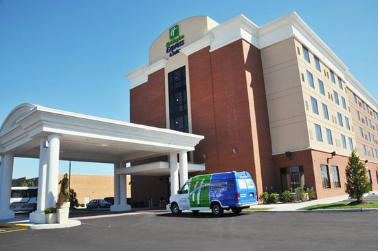 Holiday Inn Express Hotel & Suites Norfolk International Airport: Exterior Feature