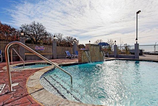 Graham, Техас: Swimming Pool