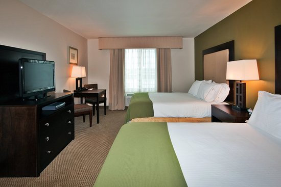 Holiday Inn Express Hotel & Suites Dewitt (Syracuse): Spacious Two Queen Bedded Room