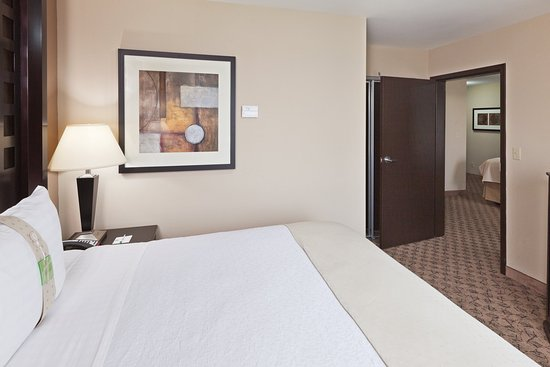 Holiday Inn Hotel & Suites Tulsa South: 2 Bedroom Suite