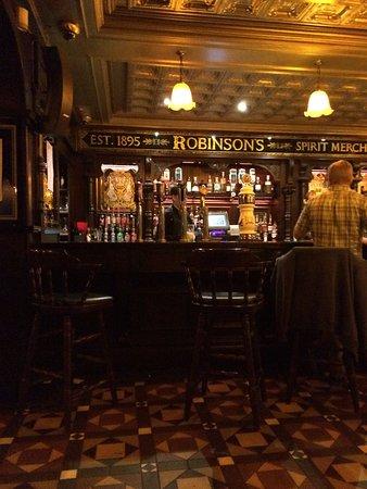Robinsons: photo0.jpg