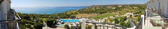 Trapezaki Bay Hotel: 20160811_112807_large.jpg