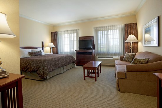 Staybridge Suites San Antonio Sea World: Suite
