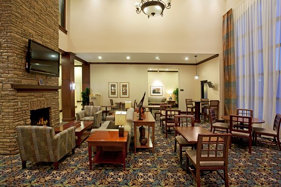 Staybridge Suites San Antonio Sea World: Guest Dining Lounge