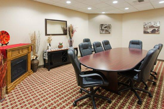 Yakima, واشنطن: 8th Street Boardroom