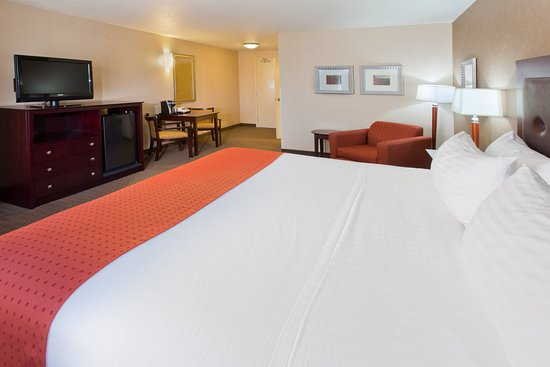 Yakima, WA: ADA/Handicapped accessible King Guest Room