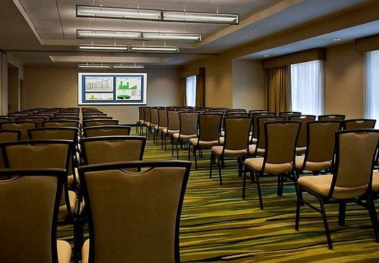 Bellport, NY: Meeting Facility