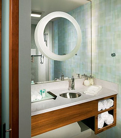 Ridley Park, PA: Guest Bathroom Vanity
