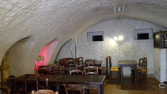 Le Domaine de la Reynaude: salle petit déjeuner