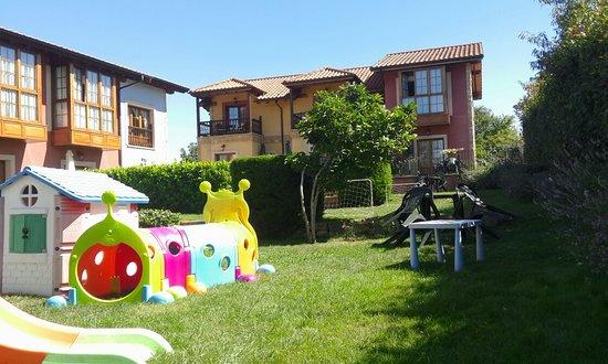 Apartamentos Rurales Antojanes: TA_IMG_20160812_122639_large.jpg