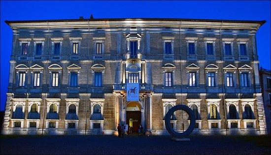 Palazzo Sforza Cesarini