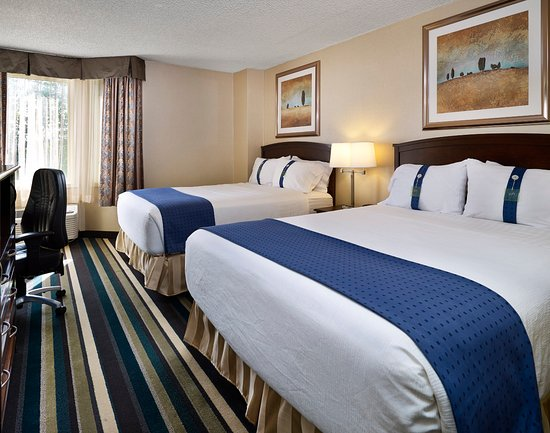 Holiday Inn Conference Ctr Edmonton South: Perfect for teams, families, or a girl's weekend away.