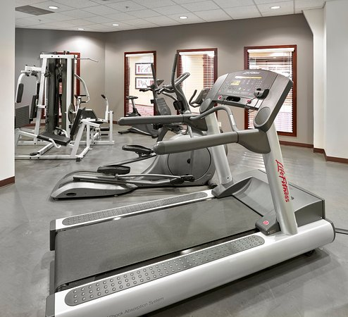 Holiday Inn Conference Ctr Edmonton South: Stay active and on track with your fitness routine.