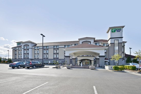 Holiday Inn Express & Suites Tacoma South - Lakewood : Hotel Exterior