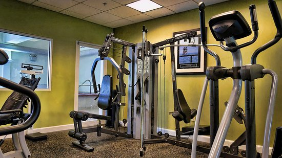 Holiday Inn Express La Plata: Exercise Room