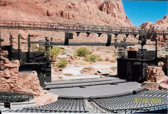 Ivins, UT: Stage and seating