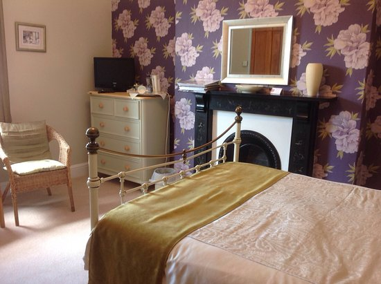 Highgate House: Bedroom3 ( double)