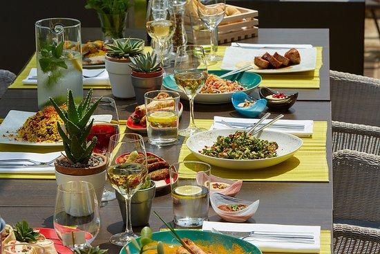 Minoa Palace Resort & Spa: Thalassa Restaurant & Bar dishes