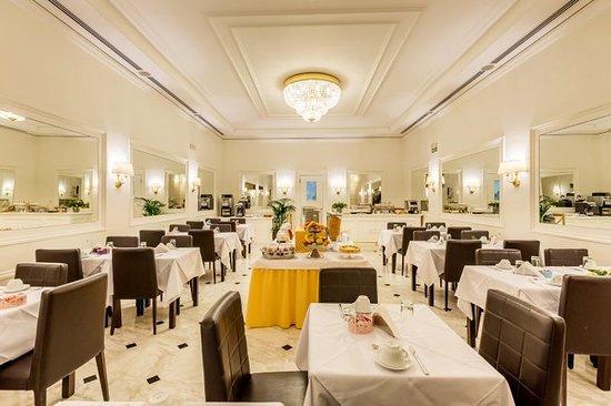 Hotel Modigliani: Restaurant
