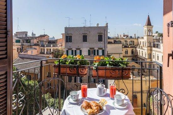 Hotel Modigliani: Other