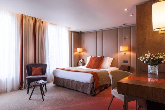 Hotel la bourdonnais updated 2018 prices reviews - Hotel paris chambre 5 personnes ...