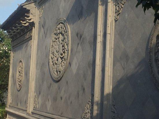 Qiandeng Ancient Town: photo6.jpg