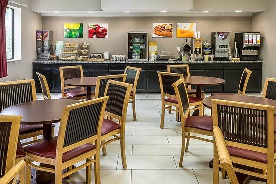 Quality Inn & Suites Mason: Breakfast area