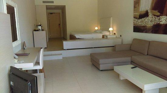 Très belle chambre de 50m carré - Foto de Sentido Ixian Grand, Rodes on