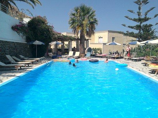 Argo Hotel Photo