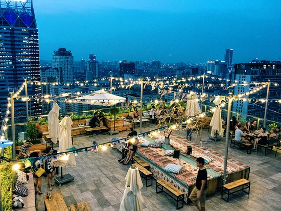 rooftop swimming pool - Picture of Trill Group, Hanoi