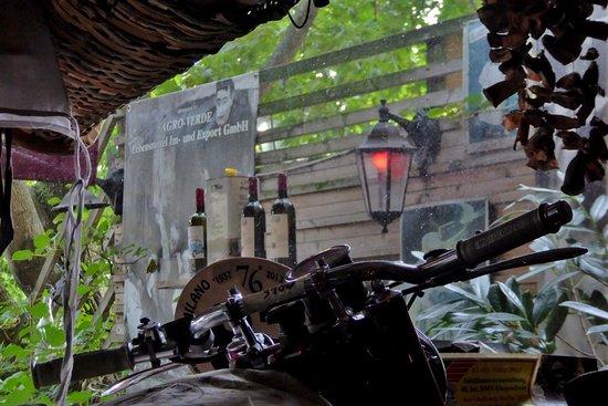 Osteria Ribaltone: Blick auf die Terrasse