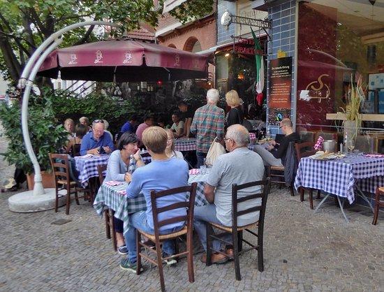 Osteria Ribaltone: Entspannte italienische Lebensfreude